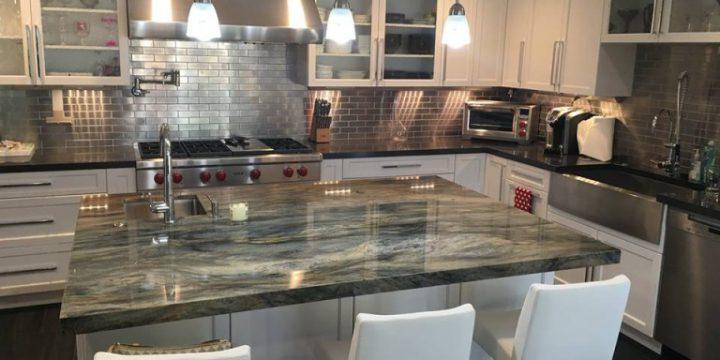 Modern Kitchen New Top & Island