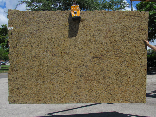 granite-new-venetian-gold-02