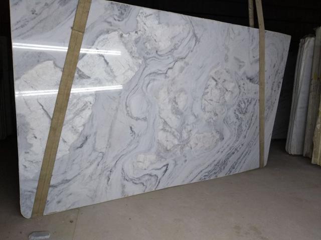 quartzite sintlante